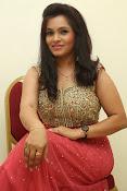 Revathi Chowdary sizzling Photos-thumbnail-18