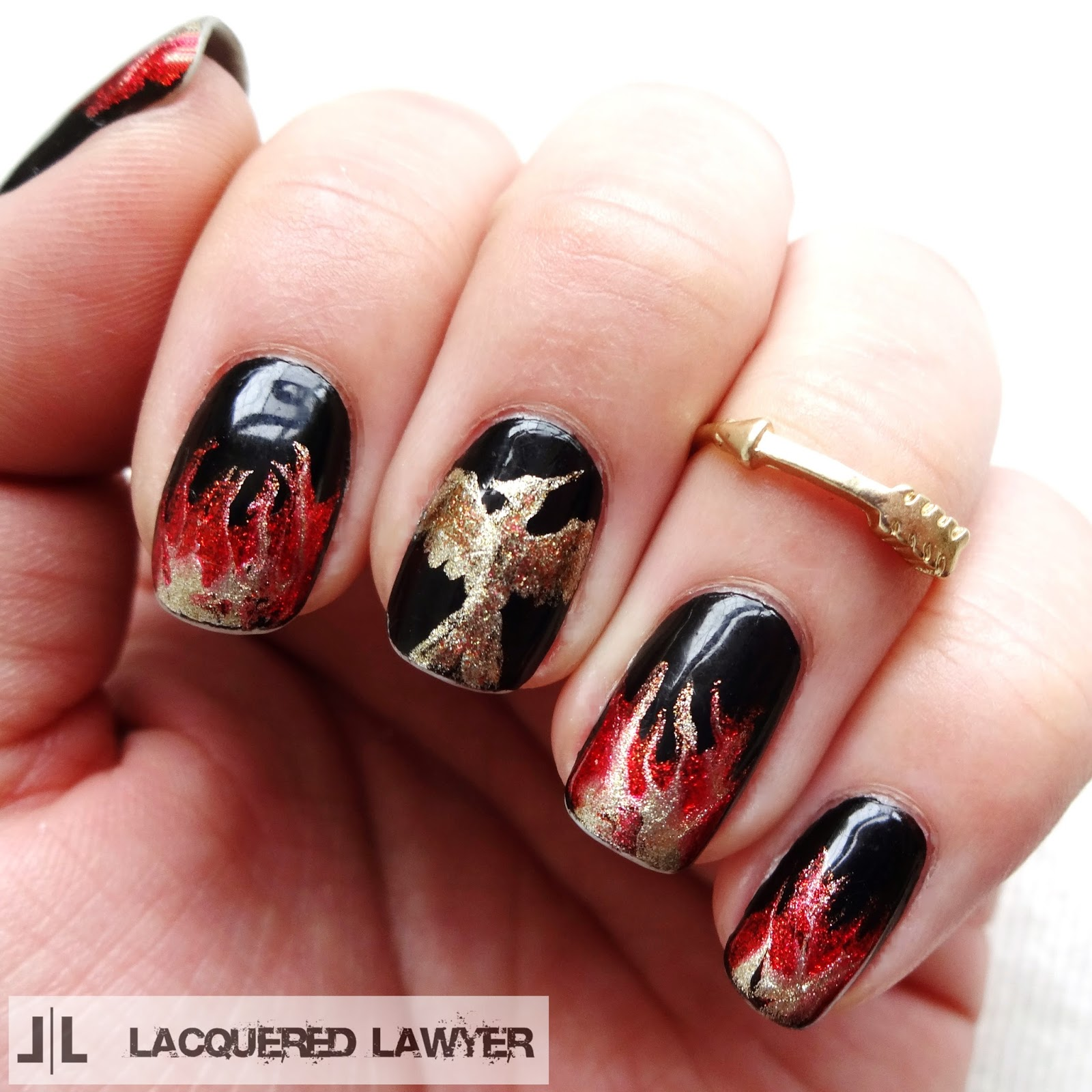 Hunger Games Mockingjay Nail Art