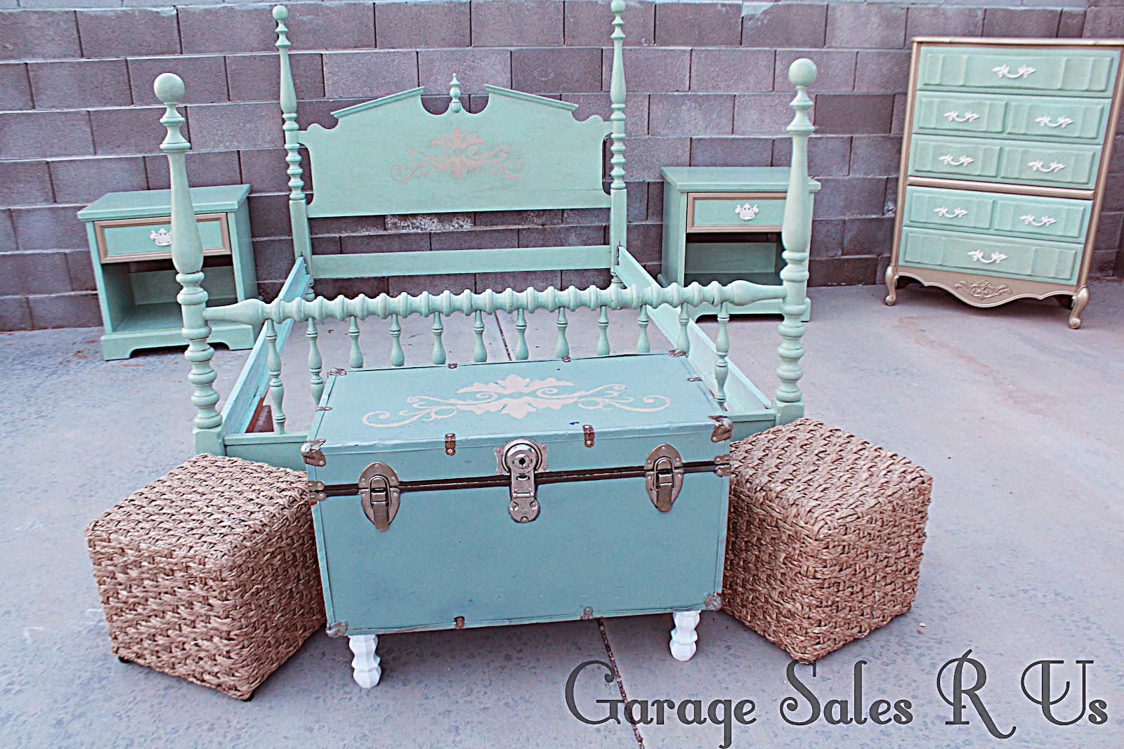 Sales Bedroom Furniture Garage Sales R Us Mint And Gold Full Sized Bedroom Set