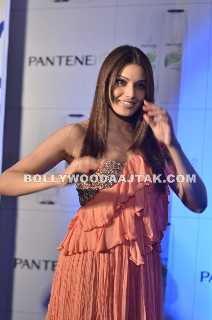 Hop Bipasha Is The New Brand Ambassador Of Pantenne