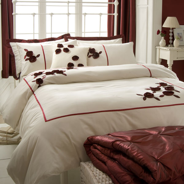 Luxury Modern Bedding Design 2011 Collection | Furniture Design Ideas