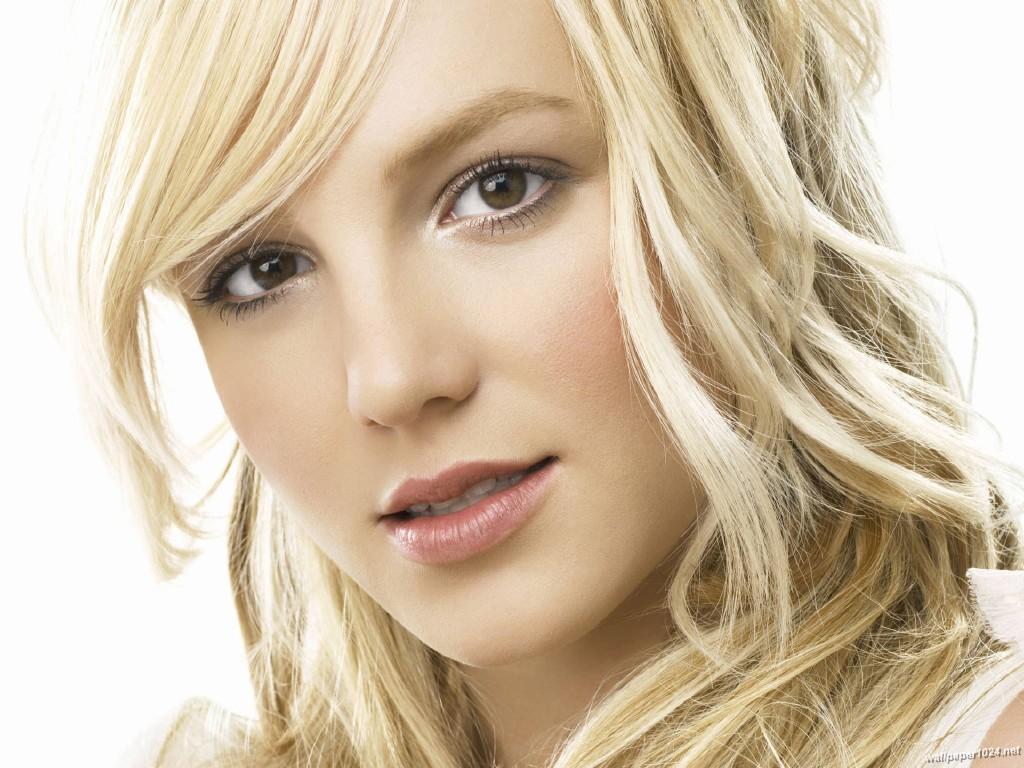 http://2.bp.blogspot.com/-SxV1W52YswA/Tb1eb7f6srI/AAAAAAAABf4/UZXHzFLGkbs/s1600/Britney_Spears_1024X768_wallpaper_63.jpg