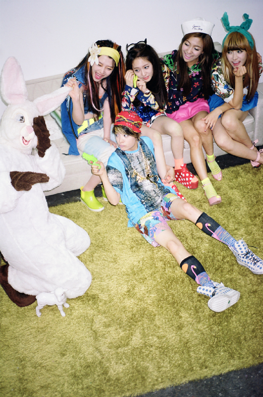 K-POP: F(x) - Electric Shock (Photoshoot) F(x) Electric Shock Amber