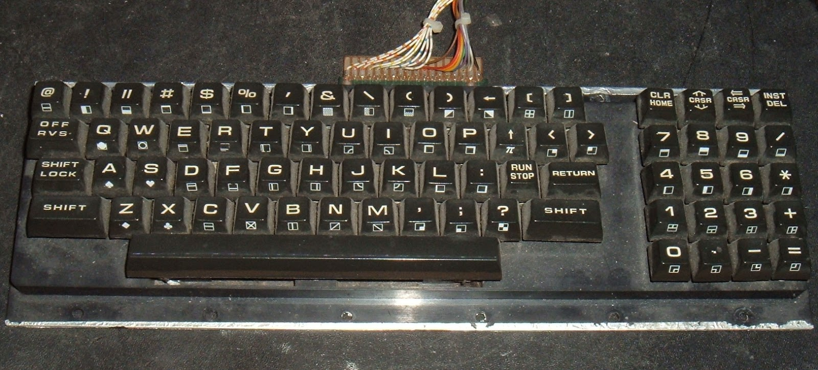 Tynemouth software commodore pet repair part 3 power reset clock the pet came with two keyboard types the 4032 has the normal or graphics keyboard which rather oddly has no numbers above the letters only symbols buycottarizona Image collections
