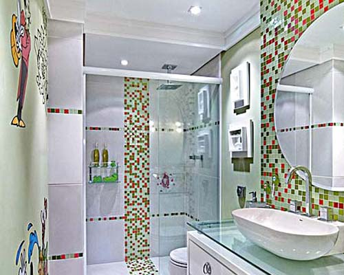 ARK  Arquitetura Banheiro para crianças -> Banheiro Com Pastilha Na Parede Do Chuveiro