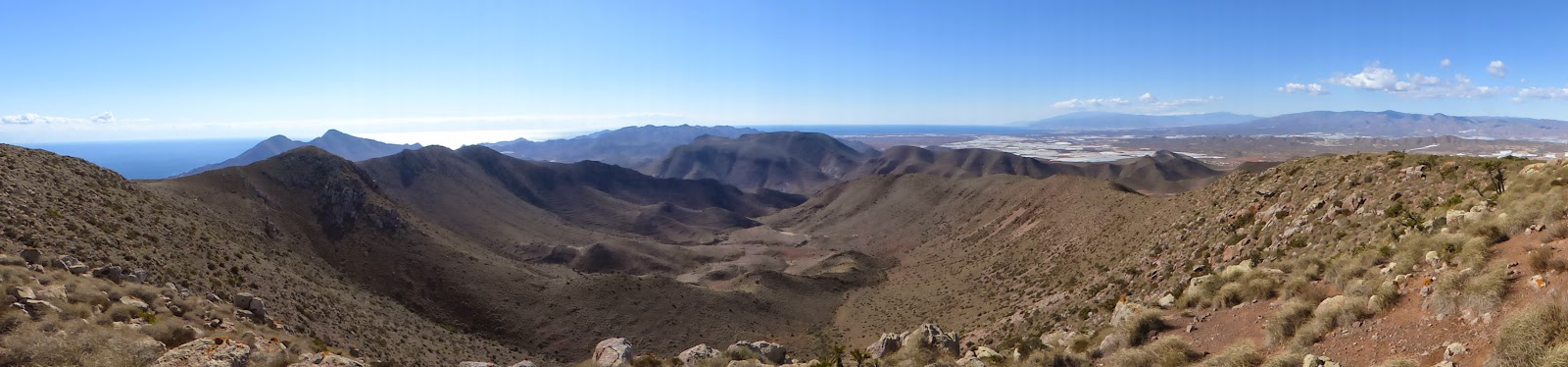 Looking down into the Caldera de Majada Redonda from Cerro Penones (488m)