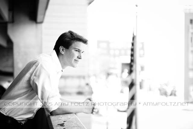 senior session in dowtown Terre Haute, Indiana