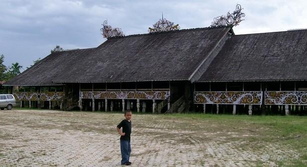 rumah adat suku dayak rumah adat nusantara share the