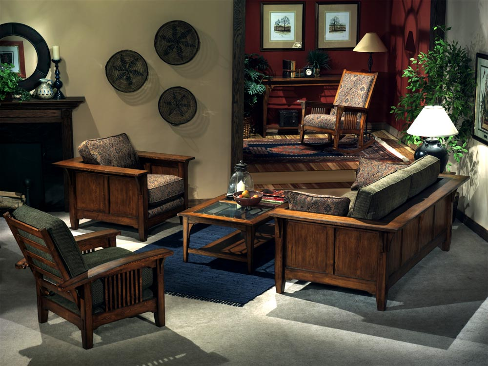 Things you should know about traditional living room for Wooden living room furniture