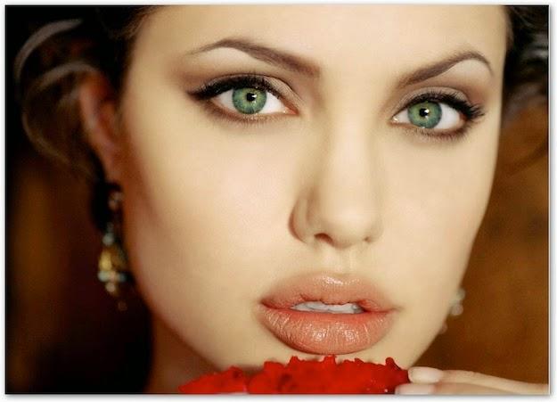 Bellezza e benessere  Sopracciglia tatuate  come averle al top 13d5b000b1b0