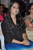 Anushka glamorous photos gallery-thumbnail-7