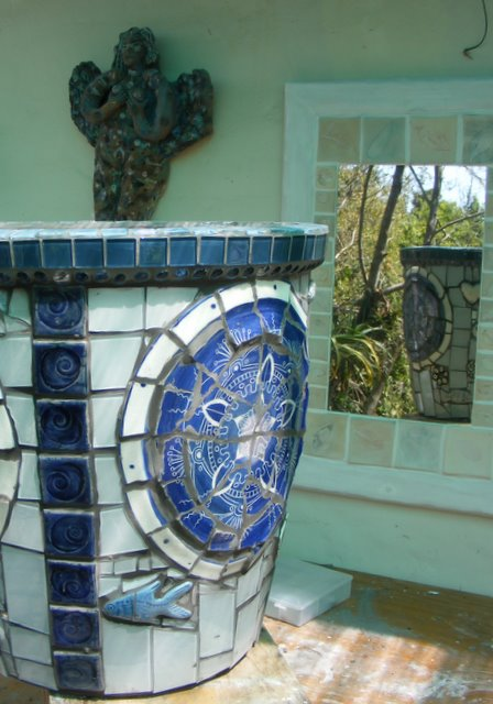 How To Mosaic And Make Beautiful Objects For Home And Garden: How To Mosaic  A Garden Pot