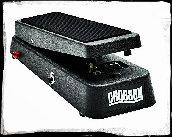 Deal on Dunlop 95Q Crybaby Wah Pedal