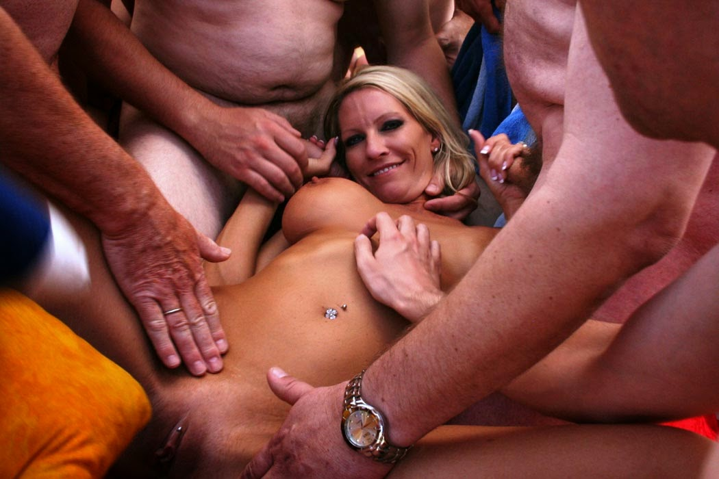 Emma starr the fan gangbang