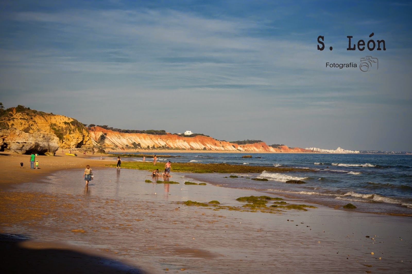 albufeira hindu personals The cheapest way to get from albufeira to santander costs only $81, and the quickest way takes just 6½ hours find the travel option that best suits you.