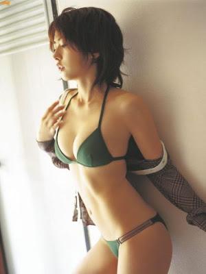 http://alamatkonyol.blogspot.com/2013/03/cerita-dewasa-paling-seru-diperkosa-di.html