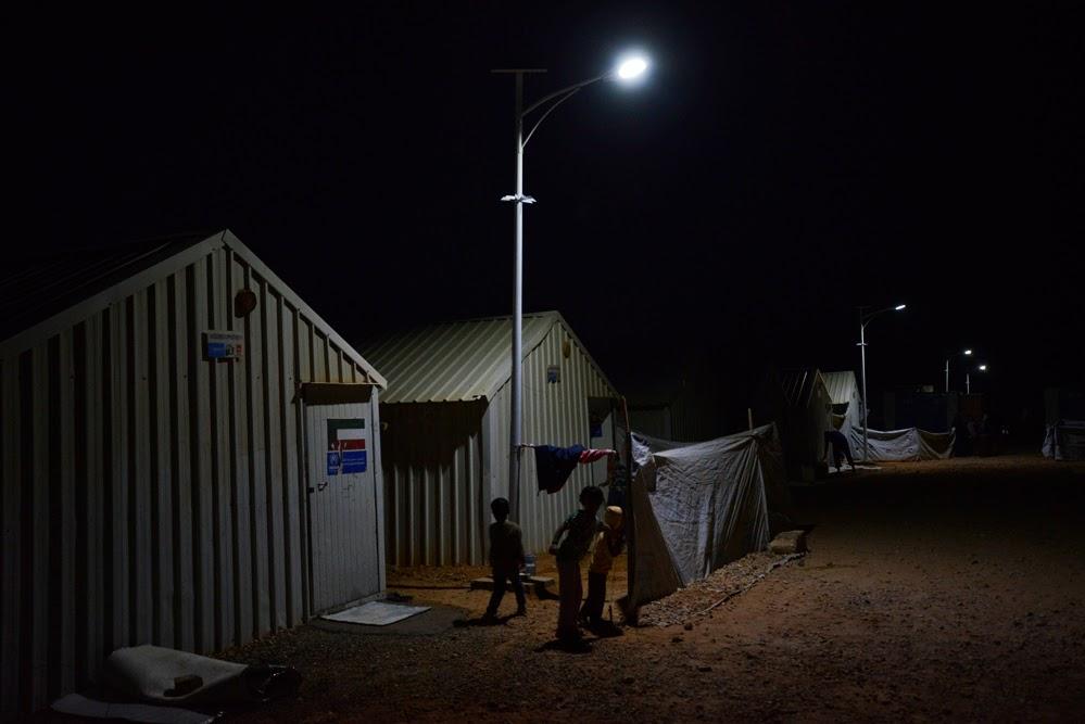Eco sostenibilit grazie alle lampade a led ikea - Porta lampade ikea ...