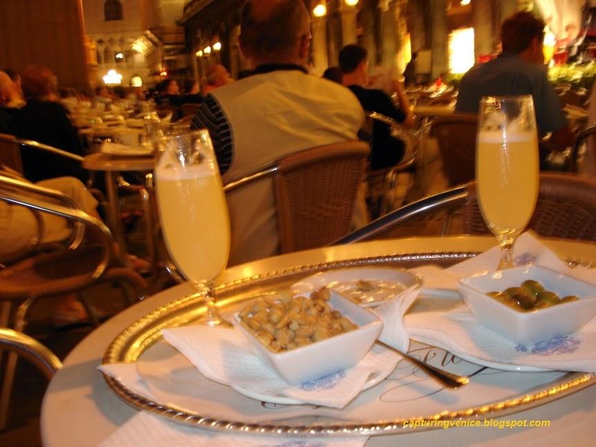 Caffe Florian capturingvenice.blogspot.com