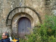 Portal d'entrada a Sant Esteve de Cal Pallot