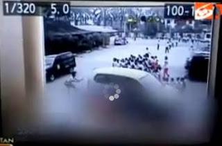 Gambar Foto Vidio CCTV Rekaman Detik Detik Mobil Guru Marini Tabrak Murid Siswa TK di Medan