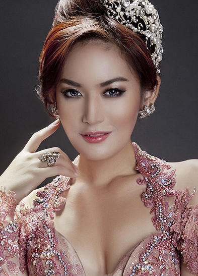 Maria Selena Miss Indonesia 2012