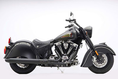 2011-Indian-Chief-DarkHorse-Black
