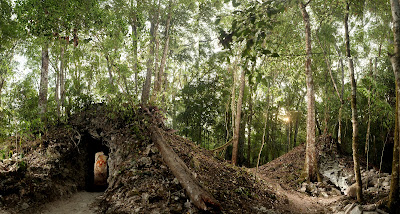 Découverte du plus ancien calendrier maya Anicienne_maison_maya_calendrier