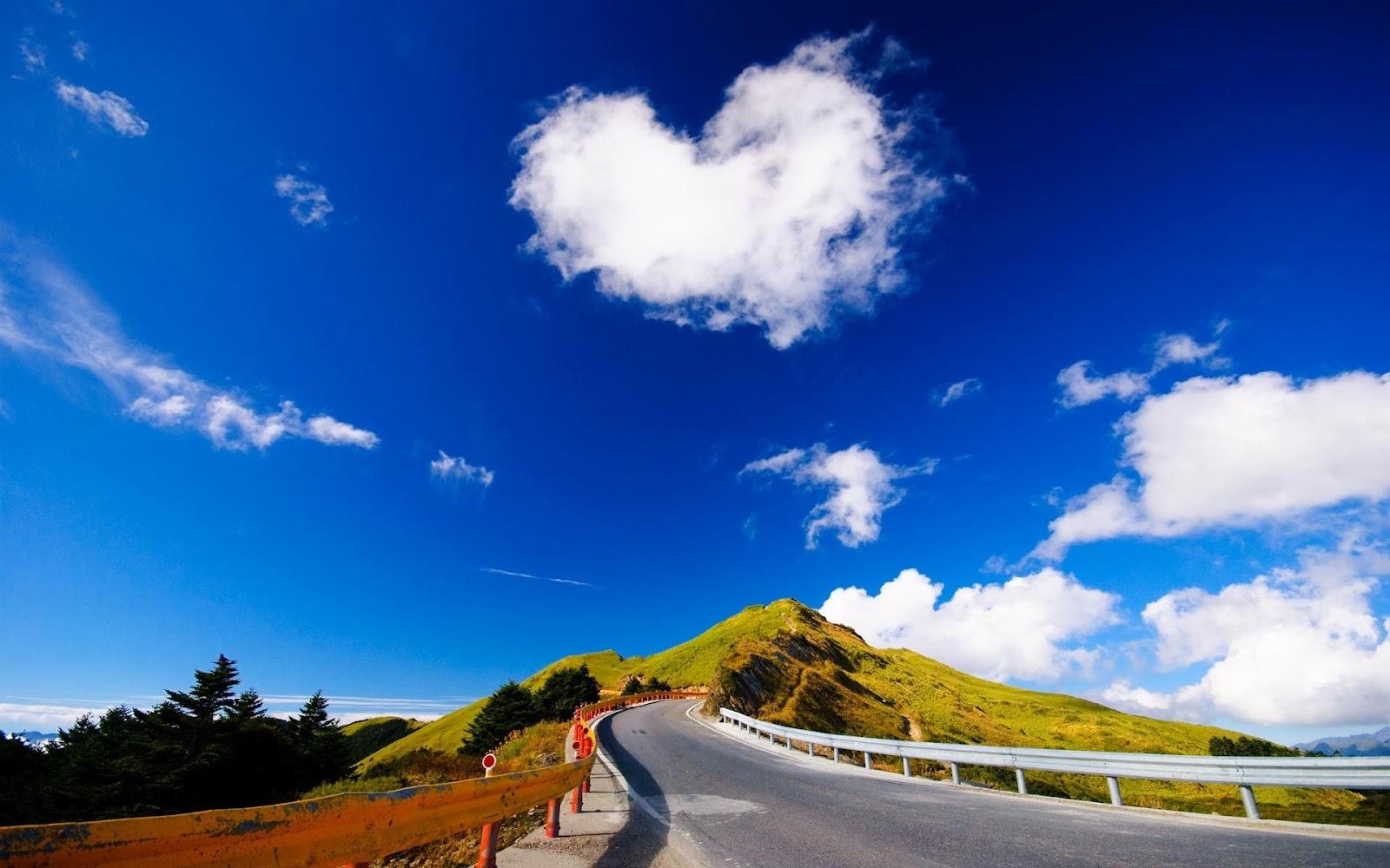 http://2.bp.blogspot.com/-T-PF5WrUdDk/TzOtdNsI47I/AAAAAAAAAwI/Dxh2aC5l1SE/s1600/ws_Beautiful_Road_View_1920x1200.jpg