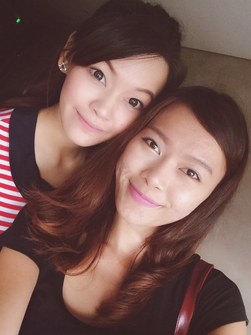 ANNA & CAROLINE