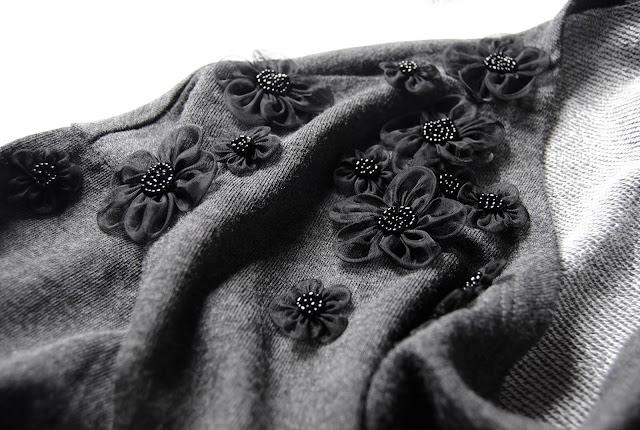 flower embellishments Bluz Yenileme Projesi  Diy