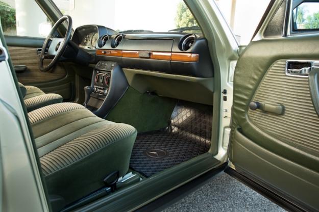 w123 280e Green Velour Interior | MBClub UK - Bringing together ...
