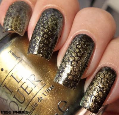 snake nails nail art