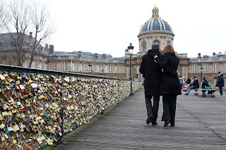 Lovely Travel of a Nomadic Dad Travel The World RTW -family Travel with kids Budget Travel Pont des Arts in Paris