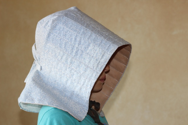 how to make a victorian bonnet out of paper
