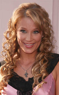 Latest Curly Hairstyle Pictures - Celebrity Hairstyle Ideas