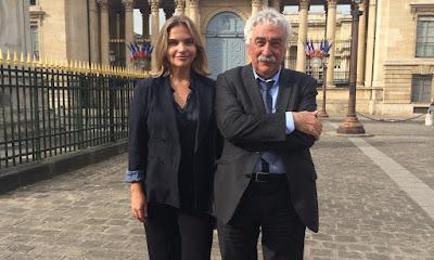 Leila Sterenberg e Pierre Radanne, especialista em política energética e negociação dos acordos de clima. Ele esteve em 17 COP`s. Crédito: Globo/Divulgação