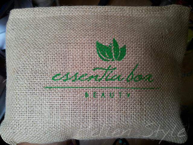 Essentia box septiembe 2013