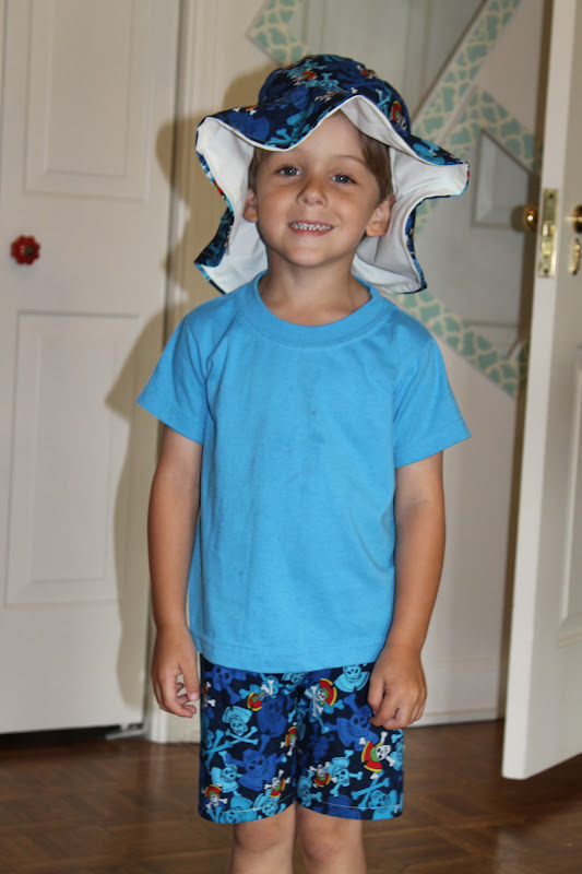 seamingly smitten summer beach hat and shorts for boys