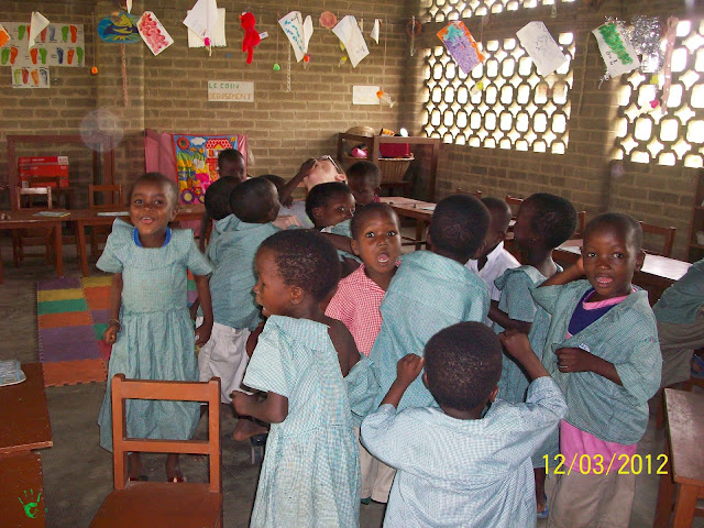 Bambini a scuola ad Atchanvé