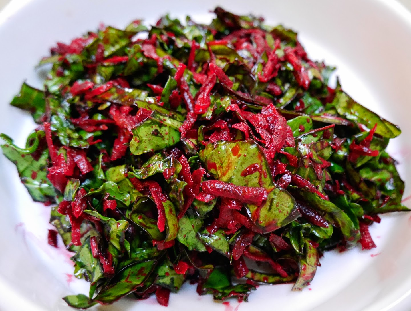 Foods For Long Life: Raw Beet And Kale Salad A Delicious Way To Detox ...