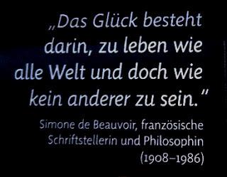 http://www.rp-online.de/politik/deutschland/kolumnen/gesellschaftskunde/glueck-ist-nicht-an-den-augenblick-gebunden-aid-1.5239164