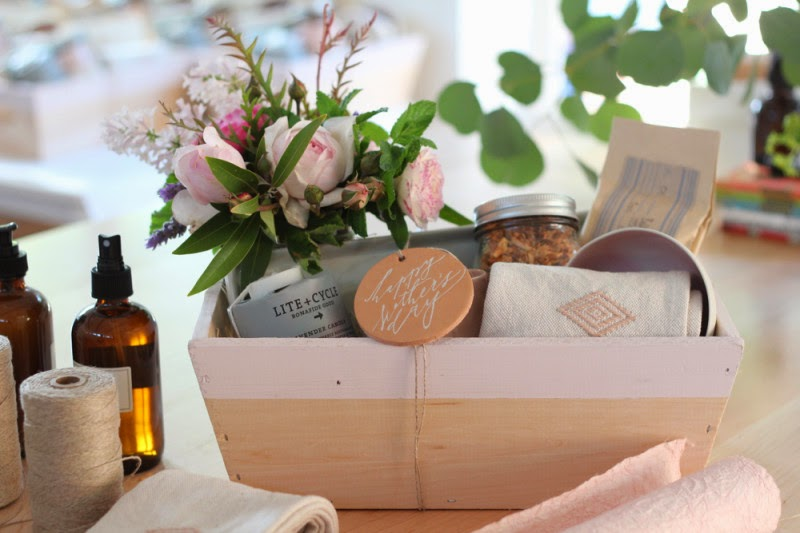 Baby Gift Ideas For Clients : Ciao domenica mother s day gift boxes