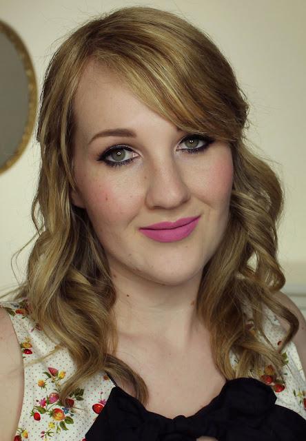 Australis Velourlips Matte Lip Cream - BAE-JING Swatches & Review + GIVEAWAY!