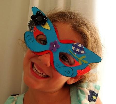 Mascaras para Carnaval con Materiales Reciclados