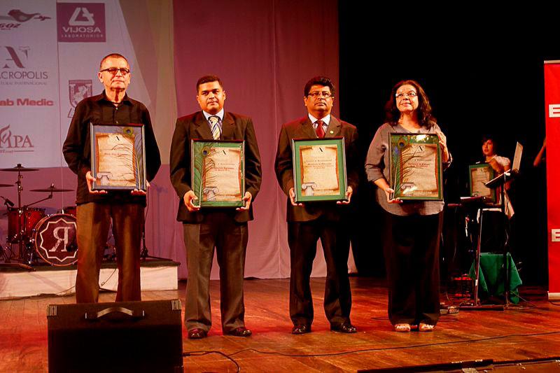 Reconocimientos a Patrocinadores del Certamen de Literatura en Cuento y Poesía 2014