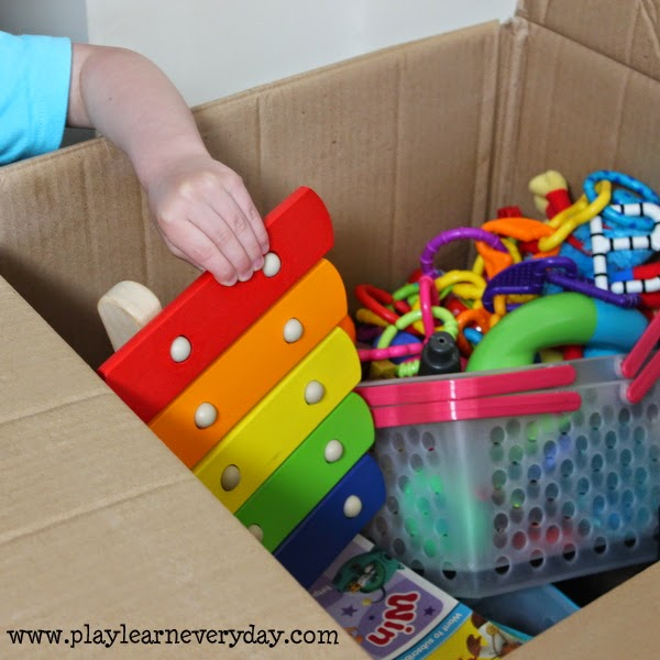Ten tips for moving to a new house with kids play and for Used boxes for moving house