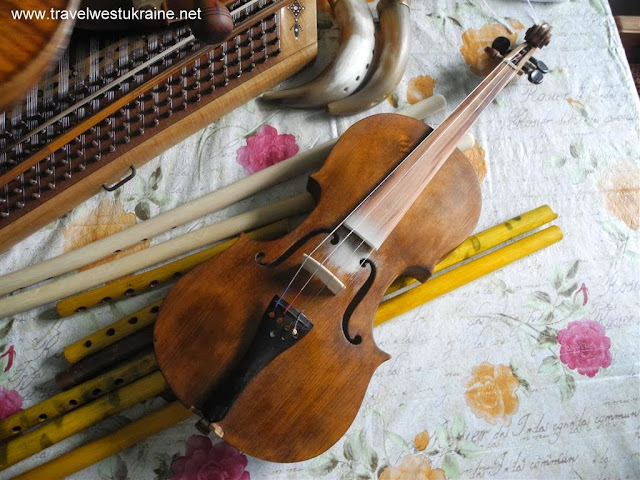 One piece back violin made by musical instrument maker from Ukrainian Carpathians
