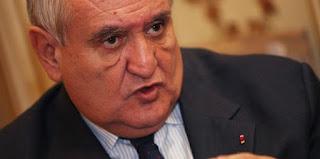 Jean-Pierre Raffarin veut une équipe de France de l' UMP (VIDEO)