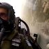 Το μήνυμα του πιλότου που συγκλόνισε τους Έλληνες: Σηκώστε το κεφάλι ψηλά [Βίντεο]