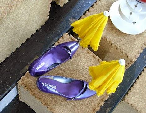 شاهد هذه 8 من إحدى أغبى الإختراعات التي حصلت في تاريخ البشرية سوف تدهشك : شمسية الحذاء, حــامل اللابتوب أثناء القيادة,  قبعة المناديل, حامل الريموت كنترول, مقشة و حذاء, مروحة المكرونة,  شوكة و قطاعة